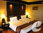 プーケット フィットネスありのホテル : カタ ビーチ リゾート(Kata Beach Resort & Spa)のスーペリアルームの設備 Bedroom