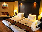 プーケット カタビーチのホテル : カタ ビーチ リゾート(Kata Beach Resort & Spa)のスーペリアルームの設備 Bedroom