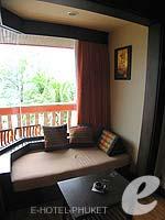 プーケット フィットネスありのホテル : カタ ビーチ リゾート(Kata Beach Resort & Spa)のデラックスルームの設備 Relax Area