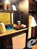 プーケット カップル&ハネムーンのホテル : カタ ビーチ リゾート(Kata Beach Resort & Spa)のグランド プールアクセスルームの設備 Amenities