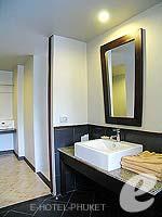 プーケット カタビーチのホテル : PGS ホテルズ カサ デル ソル(PGS Hotels Casa Del Sol)のプール アクセスルームの設備 Room View