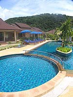 Swimming Pool : Kata Lucky Villa & Pool Access, under USD 50, Phuket