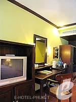 プーケット カタビーチのホテル : カタ パーム リゾート(Kata Palm Resort & Spa)のデラックスルームの設備 Facilities