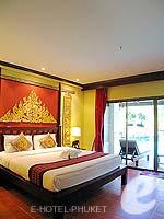 プーケット カタビーチのホテル : カタ パーム リゾート(Kata Palm Resort & Spa)のデラックス プール アクセスルームの設備 Bedroom