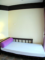 プーケット ファミリー&グループのホテル : カタ プールサイド リゾート(Kata Poolside Resort)のデラックス (ツインベット)ルームの設備 Relax Area