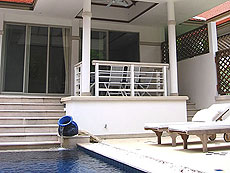 プーケット カタビーチのホテル : カタマンダ(1)のお部屋「3ベッドルーム B1」