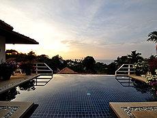 プーケット カタビーチのホテル : カタマンダ(1)のお部屋「4ベッドルーム D6」