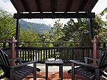 プーケット ヴィラコテージのホテル : センタラ シービュー リゾート カオ ラック(Centara Seaview Resort Khao Lak)のデラックス ヴィラルームの設備 Balcony
