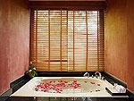 プーケット ビーチフロントのホテル : センタラ シービュー リゾート カオ ラック(Centara Seaview Resort Khao Lak)のデラックス ヴィラルームの設備 Bathroom
