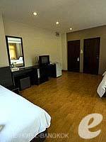 バンコク ファミリー&グループのホテル : カオサン パーク リゾート(Khaosan Park Resort)のファミリー スイートルームの設備 Bedroom