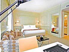 バンコク カップル&ハネムーンのホテル : キングストーン スイート ホテル バンコク(Kingston Suites)のお部屋「デラックス」