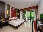 プーケット カオラックのホテル : ラ フローラ リゾート & スパ カオラック(La Flora Resort & Spa Khao Lak)のデラックスルームの設備 Bedroom