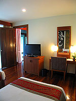 プーケット カオラックのホテル : ラ フローラ リゾート & スパ カオラック(La Flora Resort & Spa Khao Lak)のジャグジー ヴィラルームの設備 Sub Bedroom