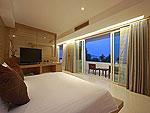プーケット パトンビーチのホテル : ラ フローラ リゾート パトン(La Flora Resort Patong)のシービュー スイートルームの設備 Bed Room
