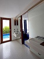 プーケット パトンビーチのホテル : ラ フローラ リゾート パトン(La Flora Resort Patong)のプール ヴィラ ウィズ ロフトルームの設備 Bathroom