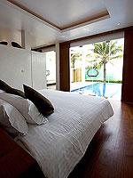 プーケット パトンビーチのホテル : ラ フローラ リゾート パトン(La Flora Resort Patong)のビーチ グランド プール ヴィラルームの設備 Bedroom