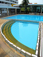 Kids Pool : Laemtong Serviced Apartment, under USD 50, Phuket