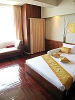 パタヤ シラチャーのホテル : レムトン サービス アパートメント(Laemtong Serviced Apartment)の1ベッド ルームルームの設備 Bedroom