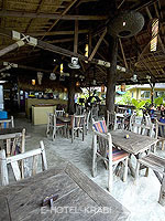 Restaurant : Lanta Castaway Beach Resort, Beach Front, Phuket