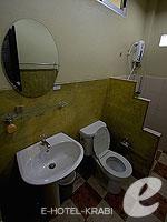 クラビ サービスヴィラのホテル : ランタ キャストアウェイ ビーチ リゾート(Lanta Castaway Beach Resort)のトロピカル ダゼ バンガロールームの設備 Bath Room