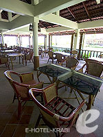 Restaurant / Lanta Casuarina Beach Resort, เกาะลันตา