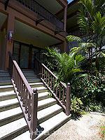 クラビ サービスヴィラのホテル : ランタ カジュアリーナ ビーチ リゾート(Lanta Casuarina Beach Resort)のファミリールームの設備 Entrance