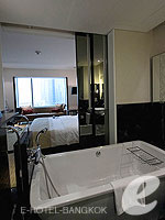 Bathroom : Vista at Le Meridien Bangkok, Swiming Pool, Bangkok