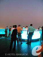 Roof Top Restaurants : Lebua at State Tower, Chaophraya River, Phuket