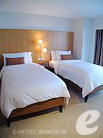 バンコク チャオプラヤ川周辺のホテル : ルブア アット ステート タワー(Lebua at State Tower)の2ベッドルーム エグゼクティブ スイートルームの設備 Dresser
