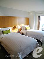 バンコク チャオプラヤ川周辺のホテル : ルブア アット ステート タワー(Lebua at State Tower)の3ベッドルーム エグゼクティブ スイートルームの設備 Bedroom