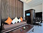 プーケット カタビーチのホテル : マリサ ヴィラ スイート(Malisa Villa Suites)のプール ヴィラルームの設備 Living Area
