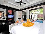 プーケット カタビーチのホテル : マリサ ヴィラ スイート(Malisa Villa Suites)のグランド プール ヴィラルームの設備 Bedroom