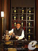 バンコク プールありのホテル : マンダリン オリエンタル バンコク 「Cantonese Restaurant」
