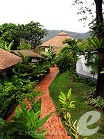 Garden Corridor : Mangosteen Resort & Ayurveda Spa, Other Area, Phuket