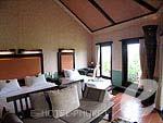 プーケット その他・離島のホテル : マンゴスチン リゾート & アーユルベーダ スパ(Mangosteen Resort & Ayurveda Spa)のデラックスジャグジールームの設備 Room View