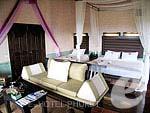 プーケット 10,000~20,000円のホテル : マンゴスチン リゾート & アーユルベーダ スパ(Mangosteen Resort & Ayurveda Spa)のロイヤル ジャグジー スイートルームの設備 Room View