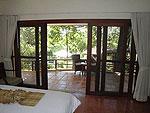 サムイ島 チョンモーンビーチのホテル : マンクート ヴィラ(Mankoot Villa)の3ベッドルームルームの設備 Bedroom