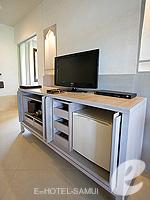 サムイ島 チョンモーンビーチのホテル : メラティ ビーチ リゾート & スパ(Melati Beach Resort & Spa)のグランド デラックスルームの設備 AV Facilities