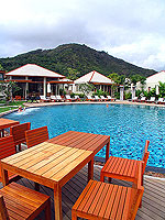 Poolside Restaurant : Metadee Resort and Spa, Pool Villa, Phuket