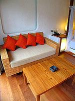 プーケット フィットネスありのホテル : メタディ− リゾート & スパ(Metadee Resort and Spa)のアクセス プールヴィラルームの設備 Living Area