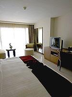 プーケット パトンビーチのホテル : ミレニアム リゾート パトン プーケット(Millennium Resort Patong Phuket)のカバナ プール アクセス(シングル)ルームの設備 Bedroom