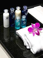 プーケット パトンビーチのホテル : ミレニアム リゾート パトン プーケット(Millennium Resort Patong Phuket)のカバナ プール アクセス(シングル)ルームの設備 Bath Room