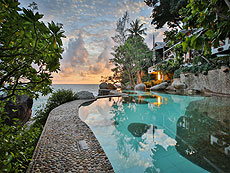 Mom Tri's Villa Royale, Serviced Villa, Phuket