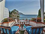 プーケット スパ併設のホテル : モム トリズ ヴィラ ロイヤル(Mom Tri's Villa Royale)のペントハウス スイートルームの設備 Balcony