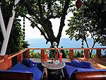 プーケット スパ併設のホテル : モム トリズ ヴィラ ロイヤル(Mom Tri's Villa Royale)のオーシャン ウィング ブルゴーニュルームの設備 Balcony