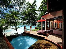 プーケット スパ併設のホテル : モム トリズ ヴィラ ロイヤル(1)のお部屋「プール・スイート」