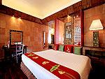 プーケット スパ併設のホテル : モム トリズ ヴィラ ロイヤル(Mom Tri's Villa Royale)のビーチ ウィング スイートルームの設備 Bedroom