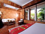 プーケット スパ併設のホテル : モム トリズ ヴィラ ロイヤル(Mom Tri's Villa Royale)のカタ スイートルームの設備 Bedroom