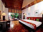 プーケット スパ併設のホテル : モム トリズ ヴィラ ロイヤル(Mom Tri's Villa Royale)のソン(ランポン スイート)ルームの設備 Bedroom