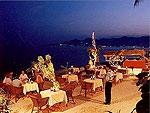 Beach Restaurant : Montien House, Chaweng Beach, Phuket